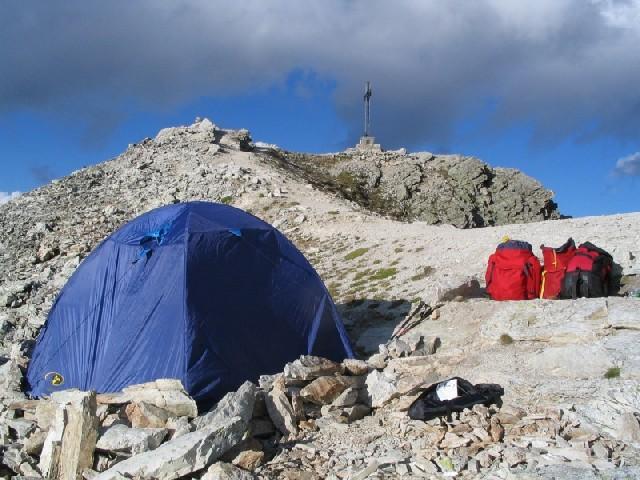 Notte in tenda in cima al Chersogno